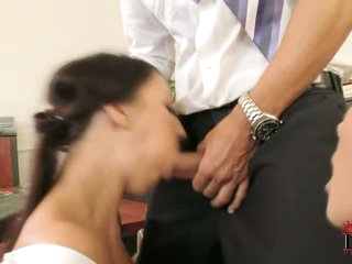 Cock loving whore wraps her lips round a thick cock