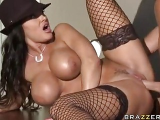 Tempting Sexy Slut Lisa Ann Gets Fucked The Best Way She Always Craves For