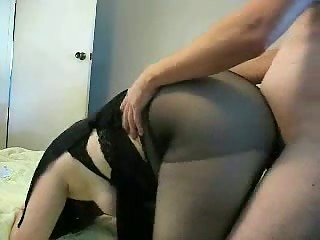 Turkish Housewife Fucks