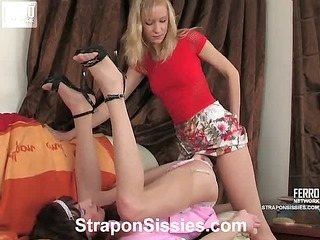 Jess&Randolph strapon sissysex video