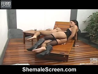 Laisa awesome tranny on video