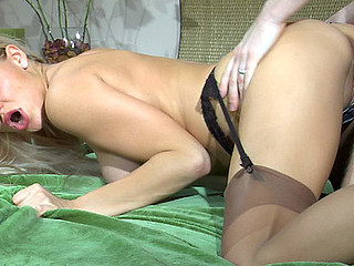 Dressed to kill blond playgirl scoring with her barely visible nylons on