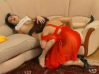 Raunchy mother i'd like to fuck in scarlet nighty seducing a pretty gal into tongue fucking