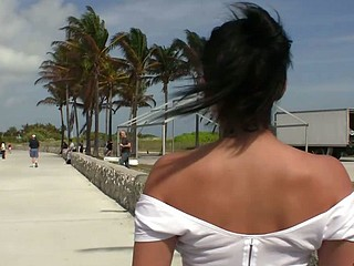Puerto Rican Violet Vasquez Latin Ass in Public