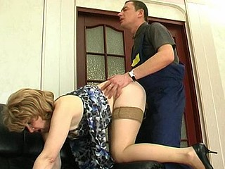 Lascivious older playgirl widening her mellow wet crack for fucking out of a break