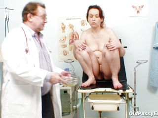 The doctor is checking her vagina with meticulous after he asks her to urinate in a bowl. He spreads her pussy lips and inserts a speculum in that hairy vagina for a good view of her cervix. Everything looks fine and maybe that sight excites the doc, will she fill that pussy with his cum?