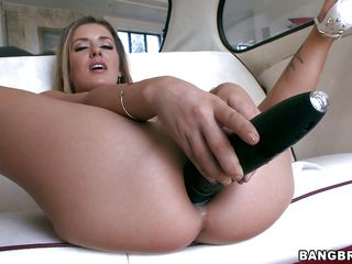 Sheena Shaw loves anal sex and she masturbates with a vibrator in a car before taking the real think in her. Look at this hot slut sucking the guys big hard cock before taking it in her big sexy booty, moaning with pleasure as he inserts his penis deeper and deeper in her anus. Will she receive some hot jizz in her asshole?