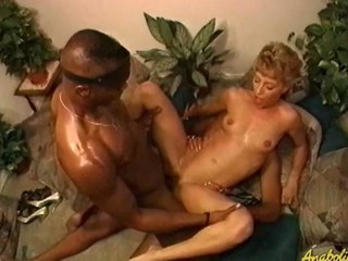 White hotty gets DP'd by two black guys